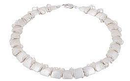 Naomi Jewelry